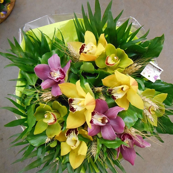 Bouquet rond cymbidiums