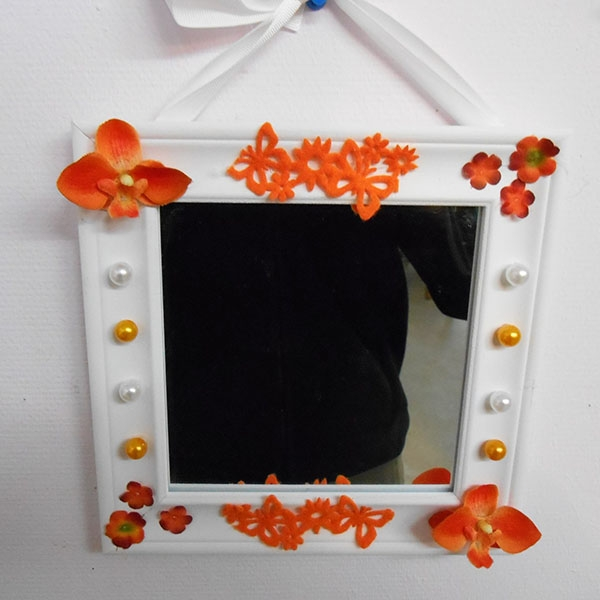 Miroir carre orange